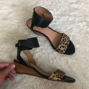 NWT Halogen holly low wedge sandals leopard shoe
